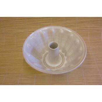 Cserép kuglófsütő forma, csőrös