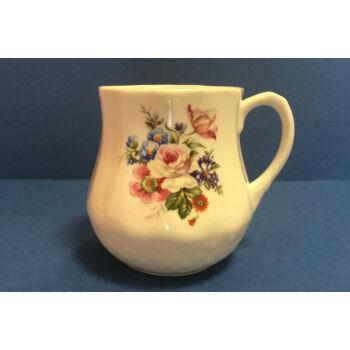 Porcelán bögre - fehér rózsás