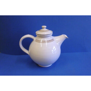 Fehér teakiöntő szűrővel