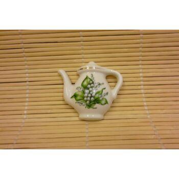 Hűtőmágnes - kancsó - gyöngyvirágos